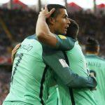Ronaldo ghi bàn quyết định, Bồ Đào Nha đặt một chân vào bán kết