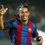 Fortune: 'Man Utd lỡ cơ hội mua Ronaldinho vì mưa'