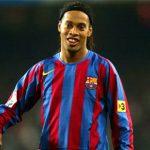 Ronaldinho: 'Chẳng có gì là bất khả thi trong cặp đấu PSG - Barca'