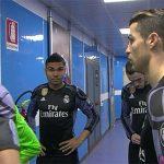 Ronaldo nói gì với đồng đội trong giờ giải lao trận gặp Napoli