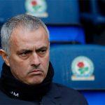 Mourinho bác bỏ chuyện dùng đội hình phụ đấu với Chelsea