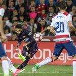 Neymar gia nhập nhóm cầu thủ ghi 100 bàn cho Barca