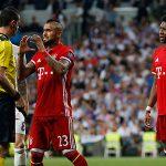Ba trụ cột Bayern làm loạn phòng thay đồ của trọng tài