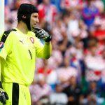 Petr Cech giã từ sự nghiệp thi đấu quốc tế