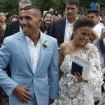 Tevez làm lễ cưới trước khi sang Trung Quốc thi đấu