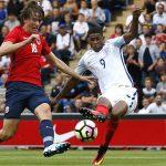 Rashford lập hat-trick trong trận ra mắt đội U21 Anh
