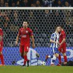 Leicester thua trận đầu tiên ở Champions League