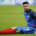 Giroud bị ví với ốc sên và rùa vì màn nước rút thảm họa