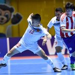 HLV Bruno trách các cầu thủ sau khi thua đậm Paraguay