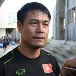 HLV Hữu Thắng phàn nàn về chỗ ở của tuyển Việt Nam