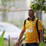 Hai đối thủ của tuyển Việt Nam khó chịu với nhau vì chuyện sân tập