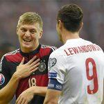 Đức - Ba Lan: Nét đẹp vượt lên trên một trận chiến ở Euro 2016
