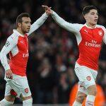 Cazorla khuyên Arsenal không bán Bellerin cho Man City