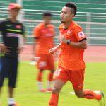 HLV Hữu Thắng loại Huy Toàn và Đình Tùng khỏi danh sách dự AFF Cup