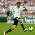 HLV tuyển Đức thầm trách Muller không ghi bàn ở Euro 2016