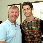 Ronaldo: 'Ferguson giới thiệu tôi với cầu thủ Man Utd ngay sau khi đối đầu họ'
