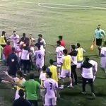 Pha sút bóng vào đầu gây loạn đả giữa Mỹ và Bahrain ở giải U19