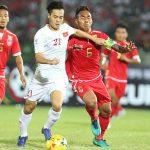 Vé dự bán kết AFF Cup và cách làm bóng đá mạnh dạn ở Myanmar