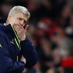 Wenger trách móc học trò sau khi đánh rơi chiến thắng trước PSG