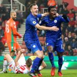 Leicester thoát hiểm dù thiếu người và bị dẫn hai bàn