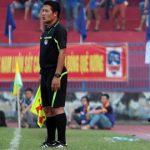 Trợ lý trọng tài 'cướp' bàn thắng của Quảng Nam bị treo cờ