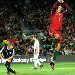 Ronaldo lập tuyệt phẩm vô lê, Bồ Đào Nha đại thắng ở vòng loại World Cup