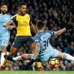Gary Neville: 'Nếu không phải Man Utd, hy vọng nhà vô địch là Arsenal'