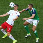 Lewandowski 'mất tích' trong trận thắng của Ba Lan