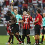 Balotelli có thể thoát án treo giò khi trọng tài nhận sai