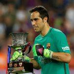Barca đồng ý bán thủ môn Bravo cho Man City