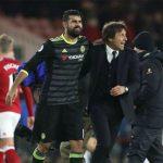 Conte khuyến khích cầu thủ Chelsea uống bia sau trận đấu