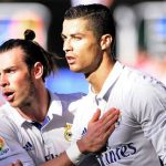 Ronaldo lập hat-trick, giải cứu Real