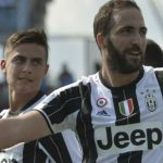 Higuain lập cú đúp, Juventus bứt khỏi Napoli