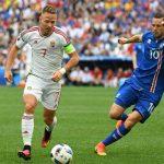 Iceland mất thắng vì đá phản, Hungary tiến gần tới vòng 1/8
