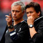 Trợ lý bênh vực Mourinho sau sự cố đá chai nước