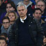 Trò cũ và CĐV châm chọc Mourinho