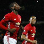 Pogba lập cú đúp, Man Utd đè bẹp đội của Van Persie