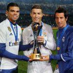 Ronaldo là cầu thủ đầu tiên giành giải VĐV hay nhất châu Âu