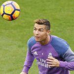 Zidane cất Ronaldo, Modric và Benzema ở vòng 15 La Liga