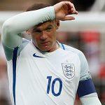 Rooney mất suất đá chính ở tuyển Anh