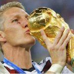 Schweinsteiger từ giã đội tuyển Đức