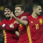Tây Ban Nha giành chiến thắng bốn sao, tiếp tục xếp trên Italy