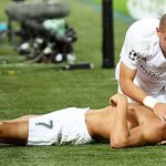 HLV Iceland: 'Ronaldo và Pepe là những kịch sĩ siêu hạng'