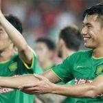 Cầu thủ Trung Quốc đắt ngang ngôi sao của Man City và Arsenal