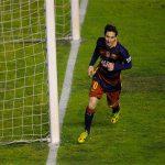 Messi lập hat-trick, Barca gạt Real khỏi danh sách kỷ lục