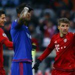Bayern đè bẹp Olympiakos, tiếp sức cho Arsenal