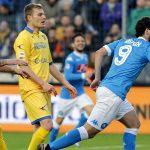 Napoli soán ngôi đầu của Inter, Juventus lên thứ hai Serie A