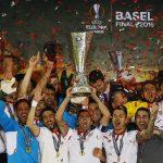Hạ Liverpool, Sevilla vô địch Europa League năm thứ ba liên tiếp