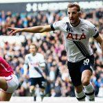 Tottenham đại thắng, tiếp tục bám đuổi Leicester