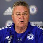 Hiddink cảnh báo Conte về khó khăn chờ đợi ở Chelsea